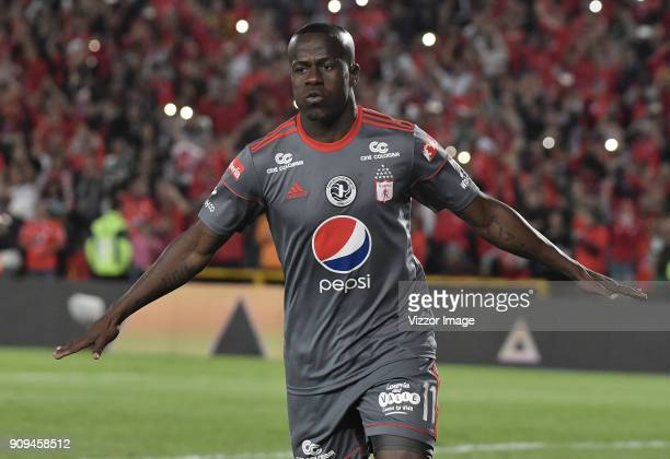 Carmelo Valencia of America de Cali celebrates after scoring the first goal of his team during the match between America de Cali and Deportivo Cali...