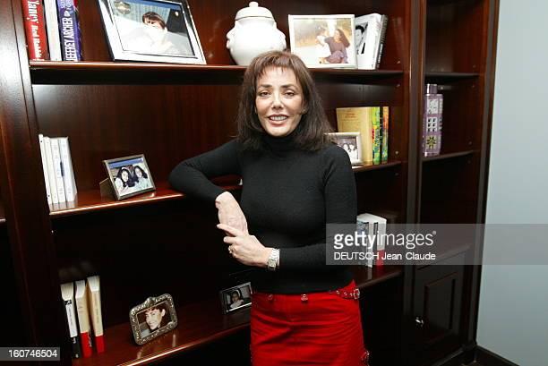 Carmen Bin Laden Tells Her Life In The Book The Torn Veil Carmen BEN LADEN épouse séparée depuis quinze ans de Yeslam un des frères aînés d'Oussama...