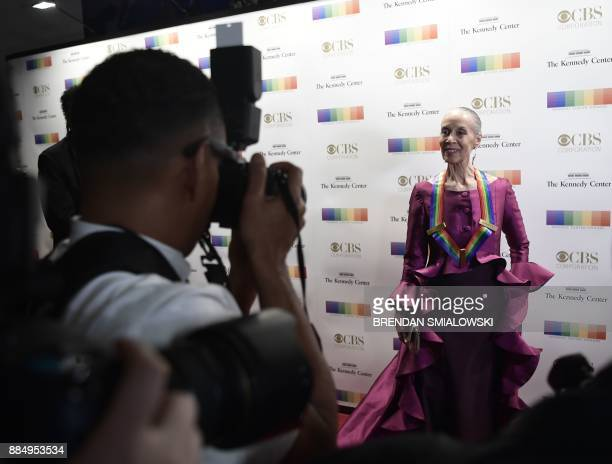 Carmen de Lavallade arrives for the 40th Annual Kennedy Center Honors in Washington DC on December 3 2017 / AFP PHOTO / Brendan Smialowski