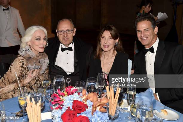 Carmen Dell'Orefice Fadil Berisha Victoria Wyman and Allan Pollack attend China Institute 2017 Blue Cloud Gala at Cipriani 25 Broadway on November 2...