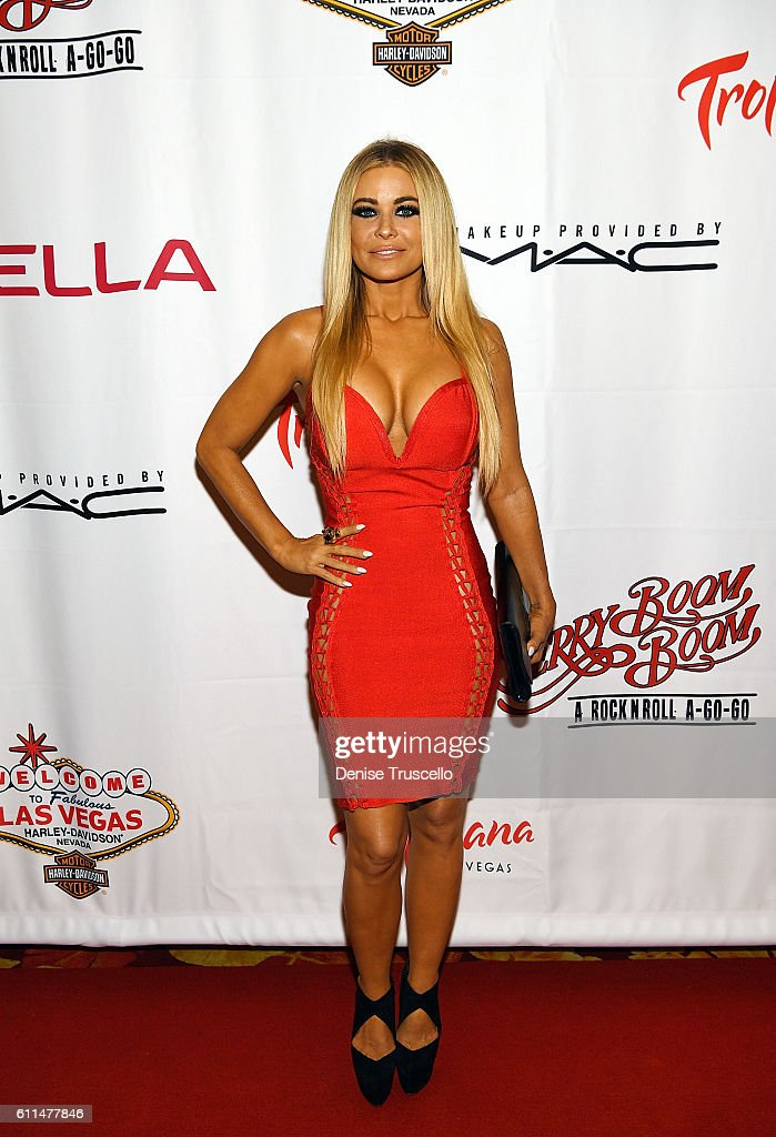 Carmen Electra arrives at the 'Cherry Boom Boom' grand opening at the Tropicana Theater at Tropicana Las Vegas on September 29, 2016 in Las Vegas, Nevada.