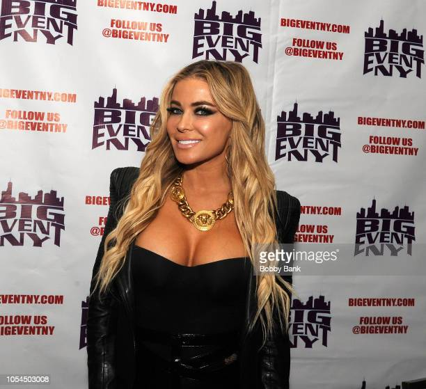 Carmen Electra attends the Chiller Theatre Expo Fall 2018 at Hilton Parsippany on October 27, 2018 in Parsippany, New Jersey.