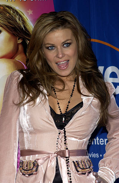 Carmen Electra Signs her DVD