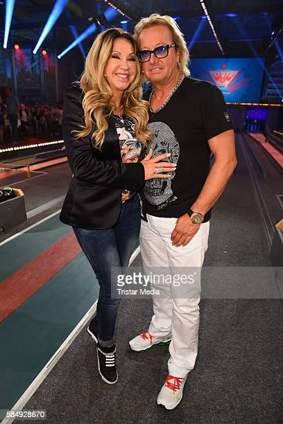 Carmen Geiss and her husband Robert Geiss during the tv show 'Der grosse RTL IIPromiKegelabend' on July 31 2016 in Winterberg Germany