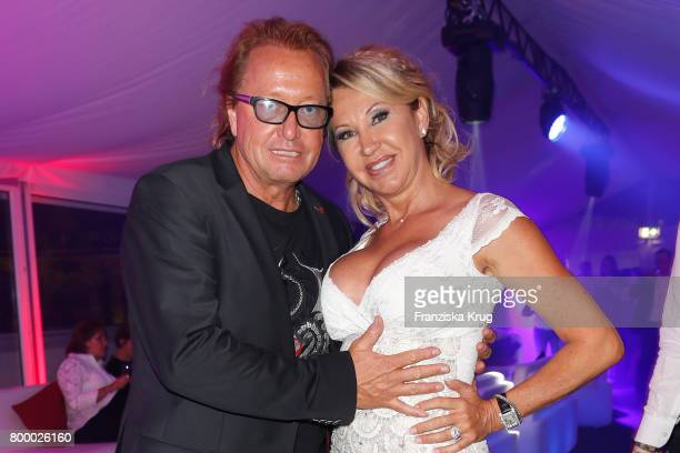 Carmen Geiss and Robert Geiss attend the 'Bertelsmann Summer Party' at Bertelsmann Repraesentanz on June 22 2017 in Berlin Germany