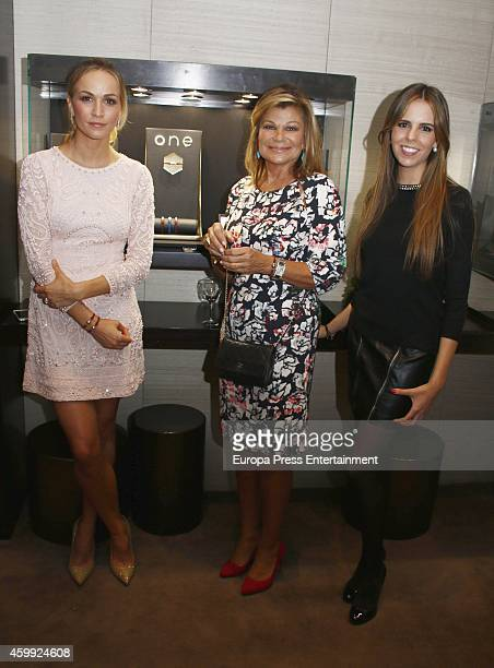 Carmen Jorda Cari Lapique and Jimena Guzman present charity bracelet By Suarez in order to raise funds for the Aladina Foundation at Suarez Jewellery...