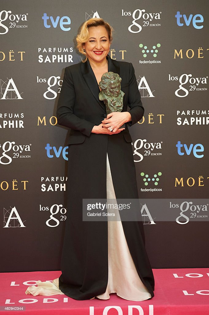 Carmen Machi holds the award for Best Actress in a Supporting Role in the film 'Ocho apellidos Vascos' during the 2015 edition of the Goya Cinema Awards at Centro de Congresos Principe Felipe on February 7, 2015 in Madrid, Spain.