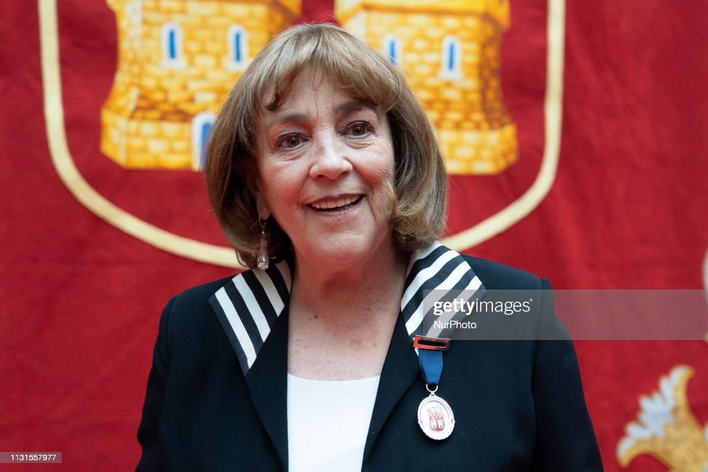 ESP: Carmen Maura Receives Medalla De Las Artes De La Comunidad De Madrid