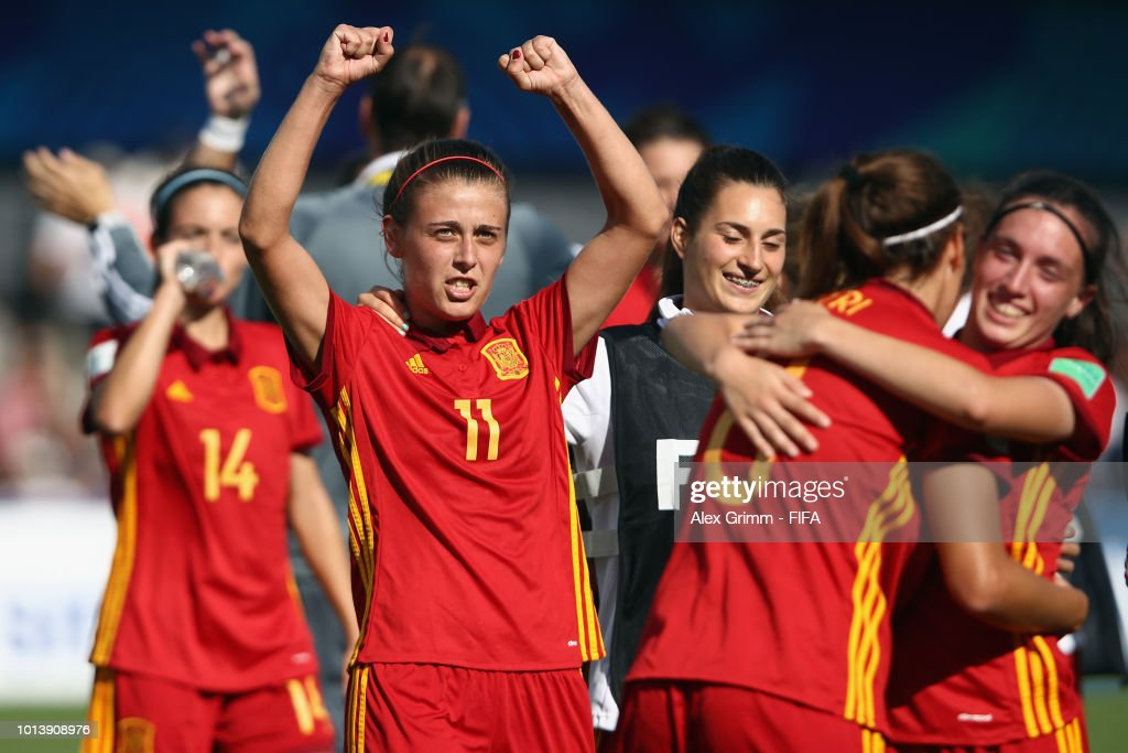 Carmen Menayo #11 and team mates of Spain celebrate after the FIFA U-20 Women's World Cup France 2018 group C match between Spain and Japan at Stade Guy-Piriou on August 9, 2018 in Concarneau, France.