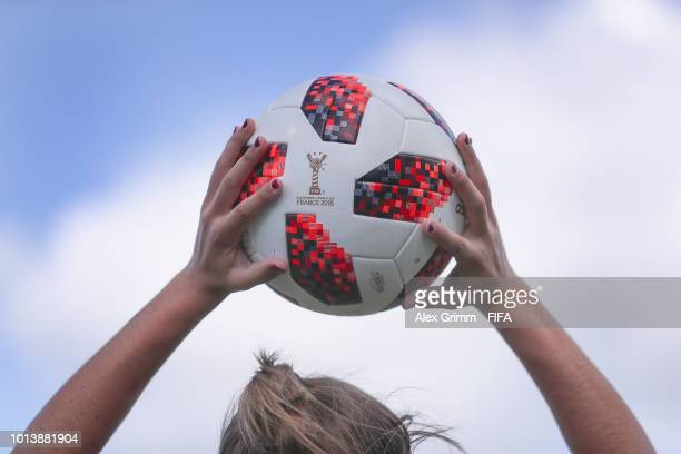 Carmen Menayo of Spain throws in the ball during the FIFA U20 Women's World Cup France 2018 group C match between Spain and Japan at Stade GuyPiriou...