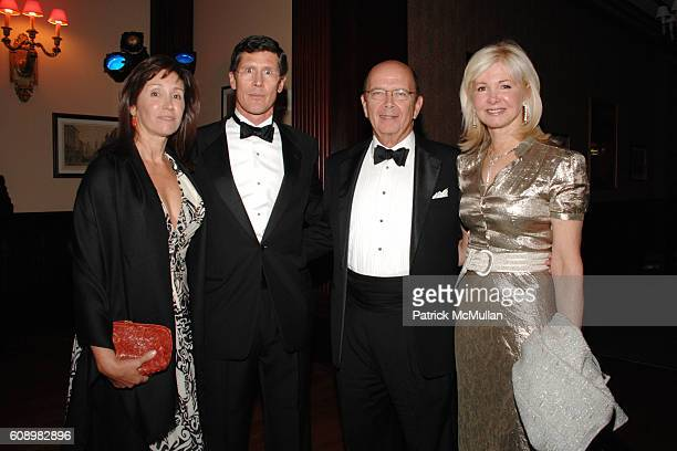 Carmen Thain John Thain Wilbur Ross and Hilary Geary Ross attend THE WHITNEY MUSEUM of AMERICAN ART 2007 American Art Award at New York Stock...