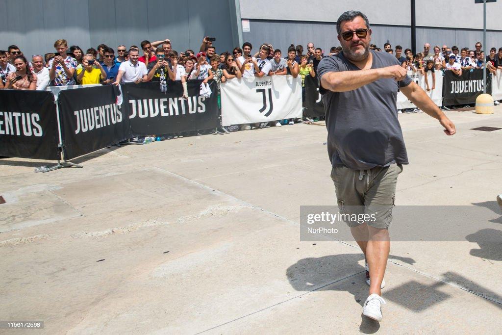 Juventus Unveils New Signing Matthijs de Ligt : News Photo