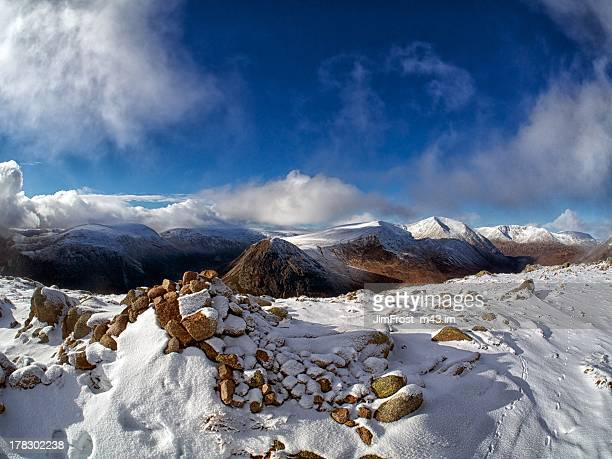 carn a'mhaim, 1st of november, 2012 - ridge stock pictures, royalty-free photos & images
