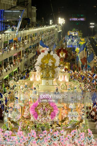 Carnaval floats in parade.