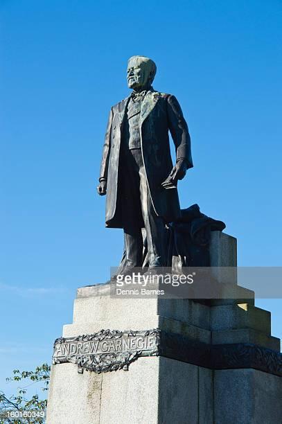 Carnegie statue, Dunfermline Pittencrieff Park