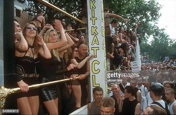 Carneval Erotica auf dem Kurfürstendamm Wagen des KitKatClub