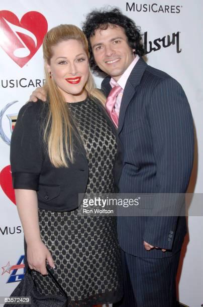 Carnie Wilson and husband Rob Bonfiglio
