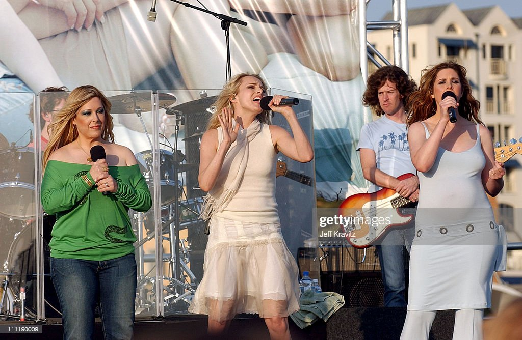 Wilson Phillips Performs First Concert in 12 Years - May 25, 2004