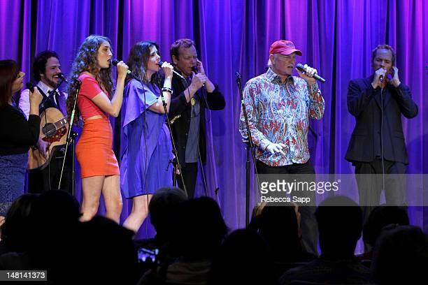 Carnie Wilson Rob Bonfiglio Ambha Love Wendy Wilson Matt Jardine and Christian Love of California Saga perform with Mike Love of the Beach Boys at An...