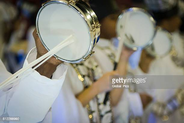 carnaval 2016 - samba stock pictures, royalty-free photos & images