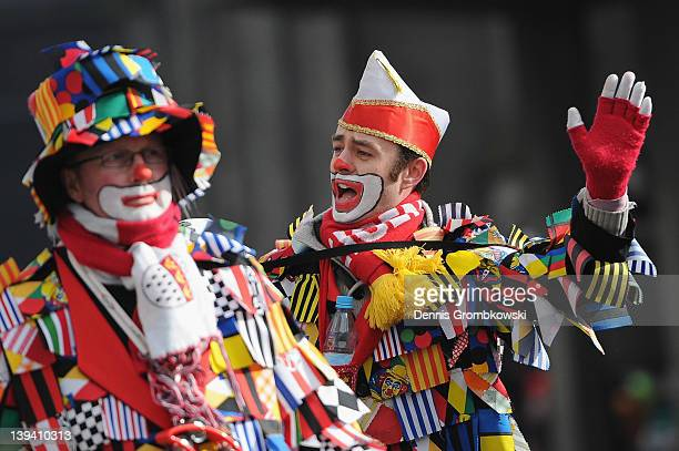 Carnival revelers arrive for the Rose Monday parade on February 20 2012 in Cologne Germany Rose Monday is the highpoint of the Carnival season which...