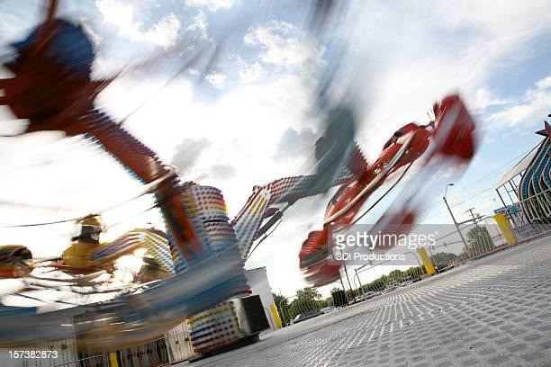 Diversão Voar através de Carnaval