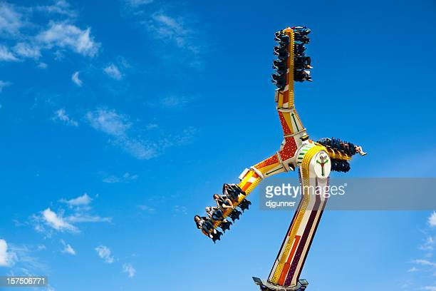 carnival ride - amusement park ride stock pictures, royalty-free photos & images