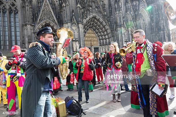 carnival weiberfastnacht celebration band playing people dancing - cologne stock pictures, royalty-free photos & images