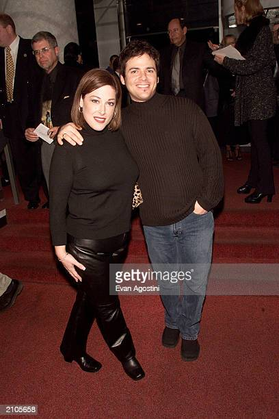 Carny Wilson with husband Rob Bonfiglio attend the Looking For An Echo premiere at the Crown Gotham Theater in New York City November 9 2000