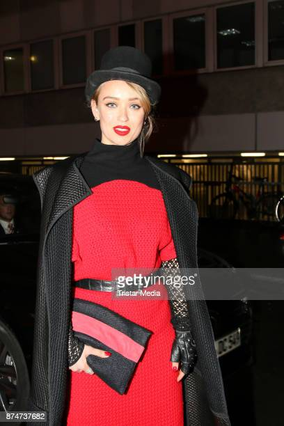 Caro Cult arrives at the New Faces Award Style 2017 on November 15 2017 in Berlin Germany
