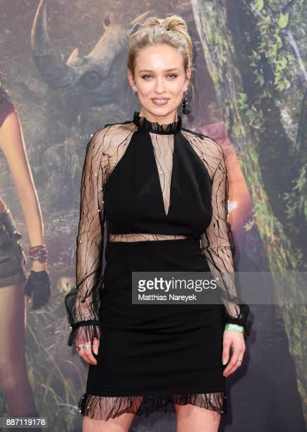 Caro Cult arrives for the German premiere of 'Jumanji Willkommen im Dschungel' at Sony Center on December 6 2017 in Berlin Germany