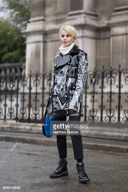 Caro Daur is seen on the street attending Balmain during Paris Fashion Week Women's A/W 2018 Collection wearing Balmain on March 2 2018 in Paris...