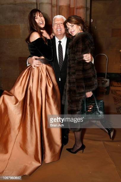 Carol Alt Designer Dennis Basso and Stephanie Seymour attend the Dennis Basso front row during New York Fashion Week The Shows at Cipriani 42nd...