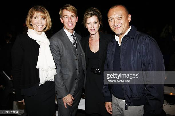 Carol Bell Jack Calhoun Robbie Myers and Joe Zee attend BANANA REPUBLIC'S Spring/Summer 2009 Collections by SIMON KNEEN at Cedar Lake on October 21...