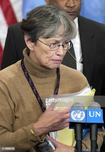 Carol Bellamy Executive Director of the UN Children's Fund briefs journalists at the United Nations 28 December 2004 on UNICEF assistance to...