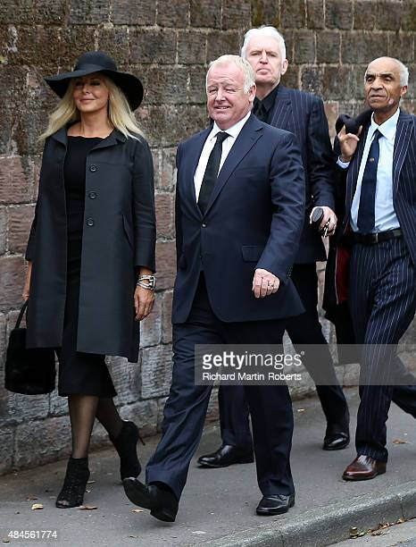 Carol Vorderman Les Dennis Mike McCartney and Kenny Lynch arrive at Cilla Black's Funeral at St Mary's Church Woolton on August 20 2015 in Liverpool...