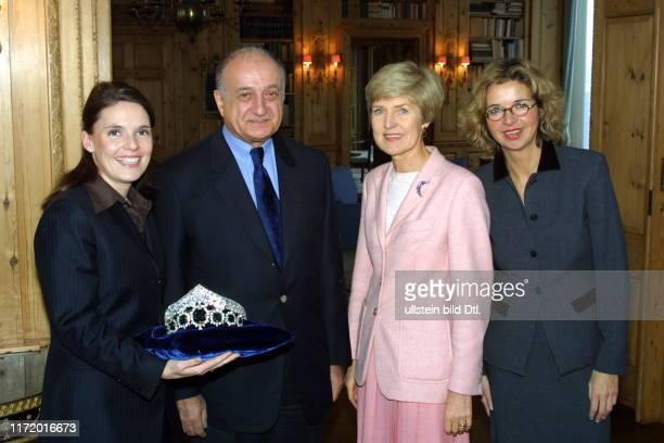 Carola C. Schmidt, Friede Springer die Krone von Persien, Dr.??? und Inga Griese