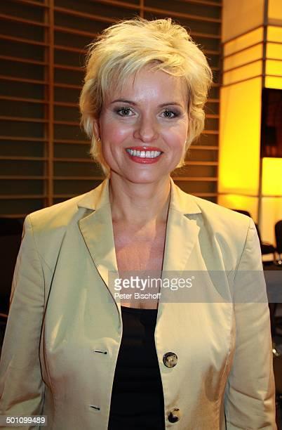 """Carola Ferstl , Porträt, MDR-Talkshow """"Riverboat"""", Leipzig, Sachsen, Deutschland, Europa, Portrait, Studio, Promi BB, FTP; P.-Nr.: 1650/2011, ; Foto:..."""