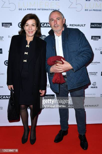 Carole Amiel and a guest attend the 25th Lumieres De La Presse Internationale Ceremony on January 27 2020 in Paris France