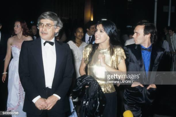 Carole Laure et Lewis Furey avec le réalisateur Gilles Carle pour son film 'Fantastica' au Festival de Cannes le 9 mai 1980 France