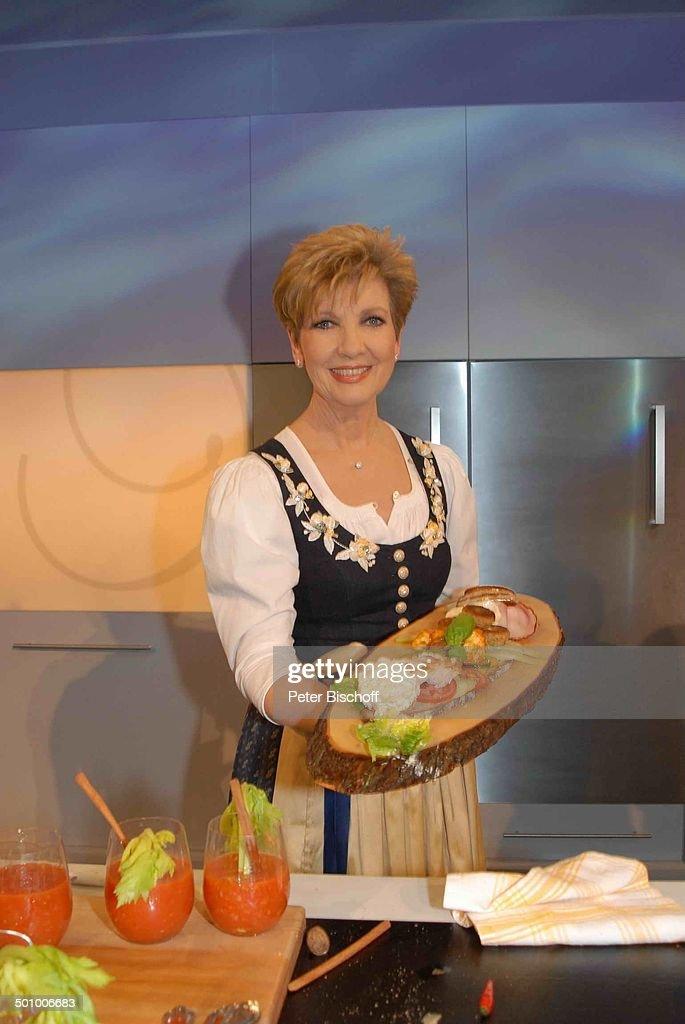 Carolin Reiber, BR-Show \'Schubecks Kochshow\', Folge 1: \'Oktoberfest ...