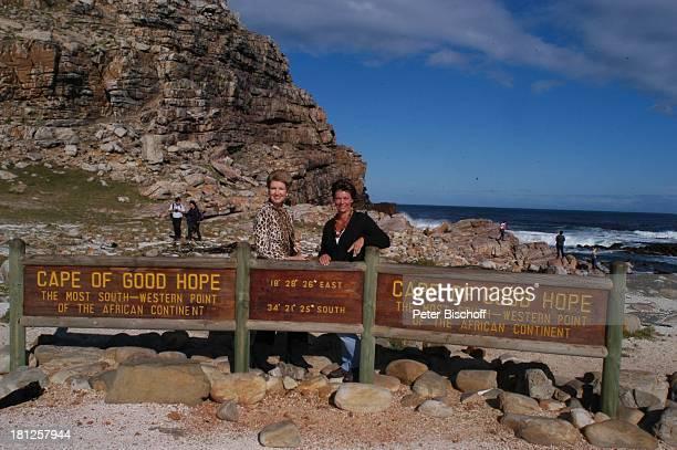 Carolin Reiber Maskenbildnerin Susanne Beck Schild am Kap der guten Hoffnung bei Kapstadt Südafrika Afrika