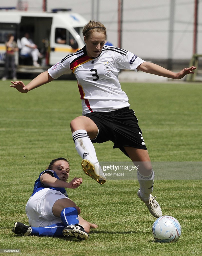 Carolin Simon (R) of Germany fights for the ball with Roberta Filipozza of Italy during the UEFA Women's Under-19 European Championship group A match between Germany and Italy at Milano Arena on May 24, 2010 in Kumanovo, Macedonia.