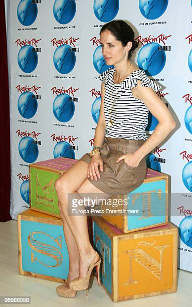 Carolina Adriana Herrera daughter of Venezuelan fashion designer Carolina Herrera presents the 'Rock in Rio' program for children on April 23 2010 in...