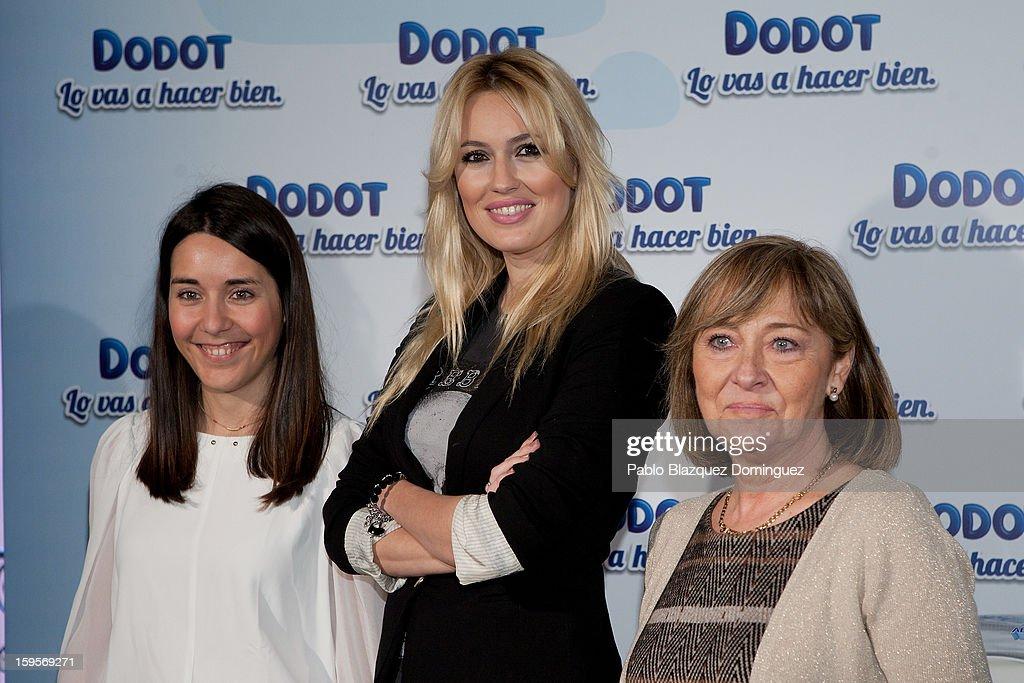 Carolina Cerezuela (C) presents new Dodot campaign on January 16, 2013 in Madrid, Spain.