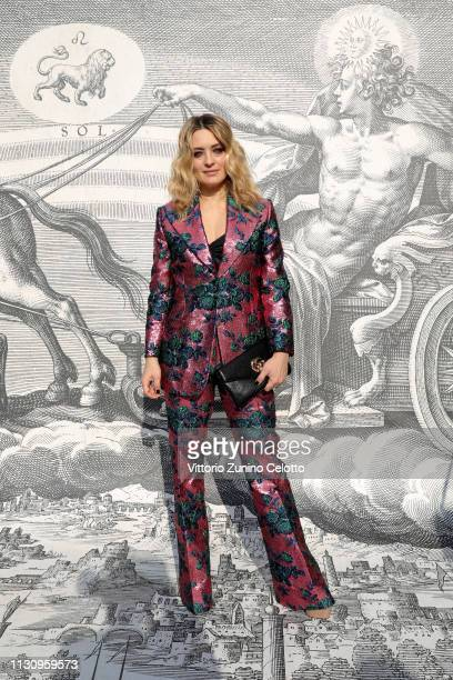 Carolina Crescentini arrives at the Gucci show during Milan Fashion Week Autumn/Winter 2019/20 on February 20 2019 in Milan Italy