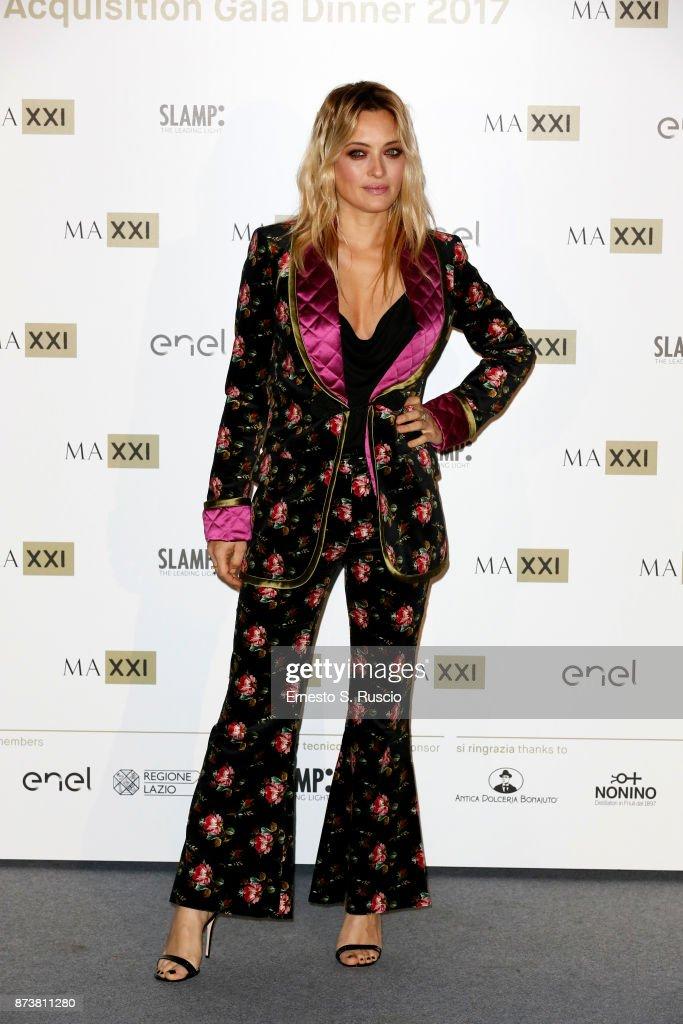 Carolina Crescentini attends MAXXI Acquisition Gala Dinner 2017 at Maxxi on November 13, 2017 in Rome, Italy.