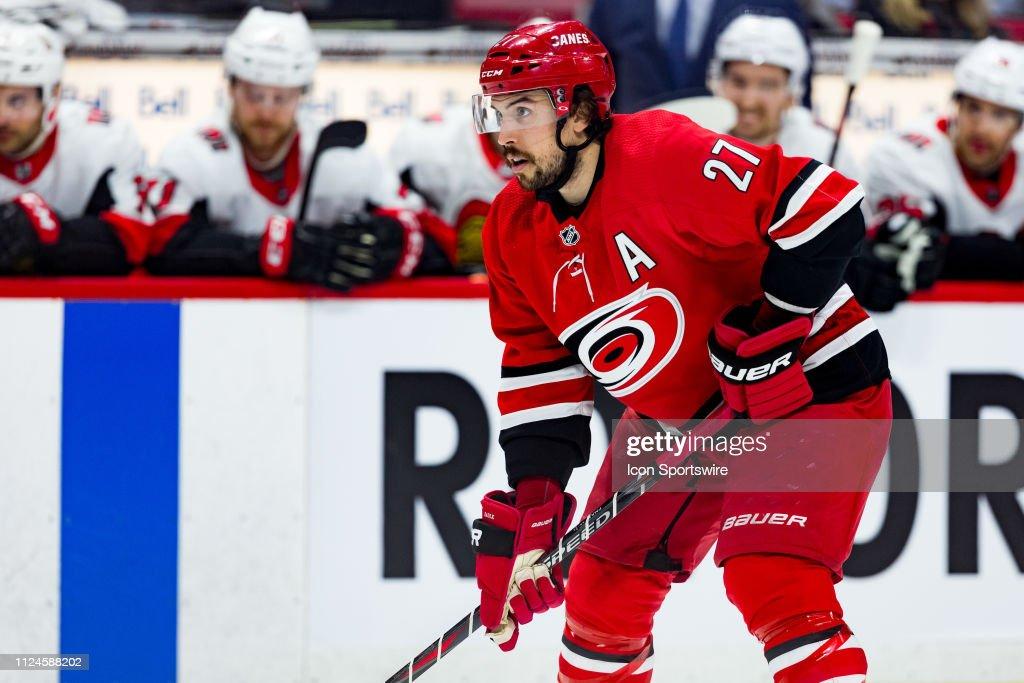 NHL: FEB 12 Hurricanes at Senators : News Photo