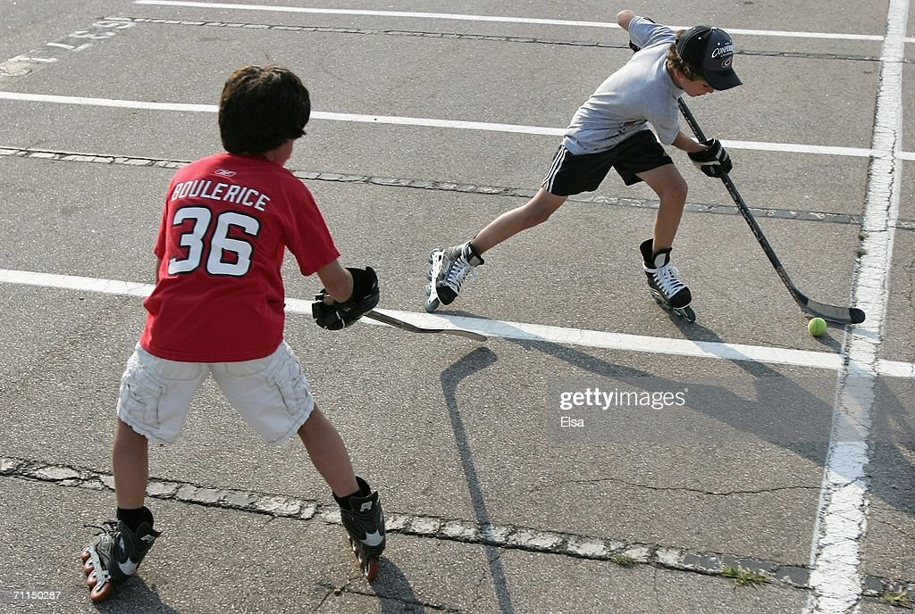 Carolina Hurricanes Fans Casey Francis And Brother Connor Francis