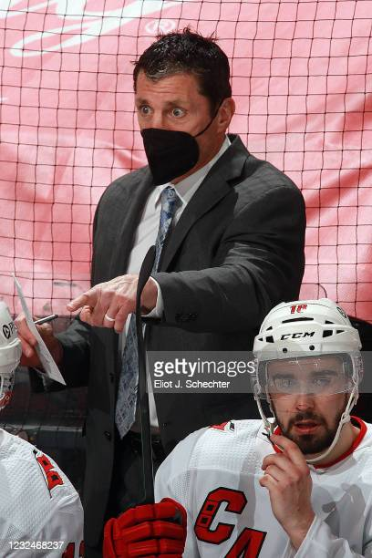 Carolina Hurricanes Head Coach Rod Brind'Amour directs his team from the bench against the Florida Panthers at the BB&T Center on April 22, 2021 in...